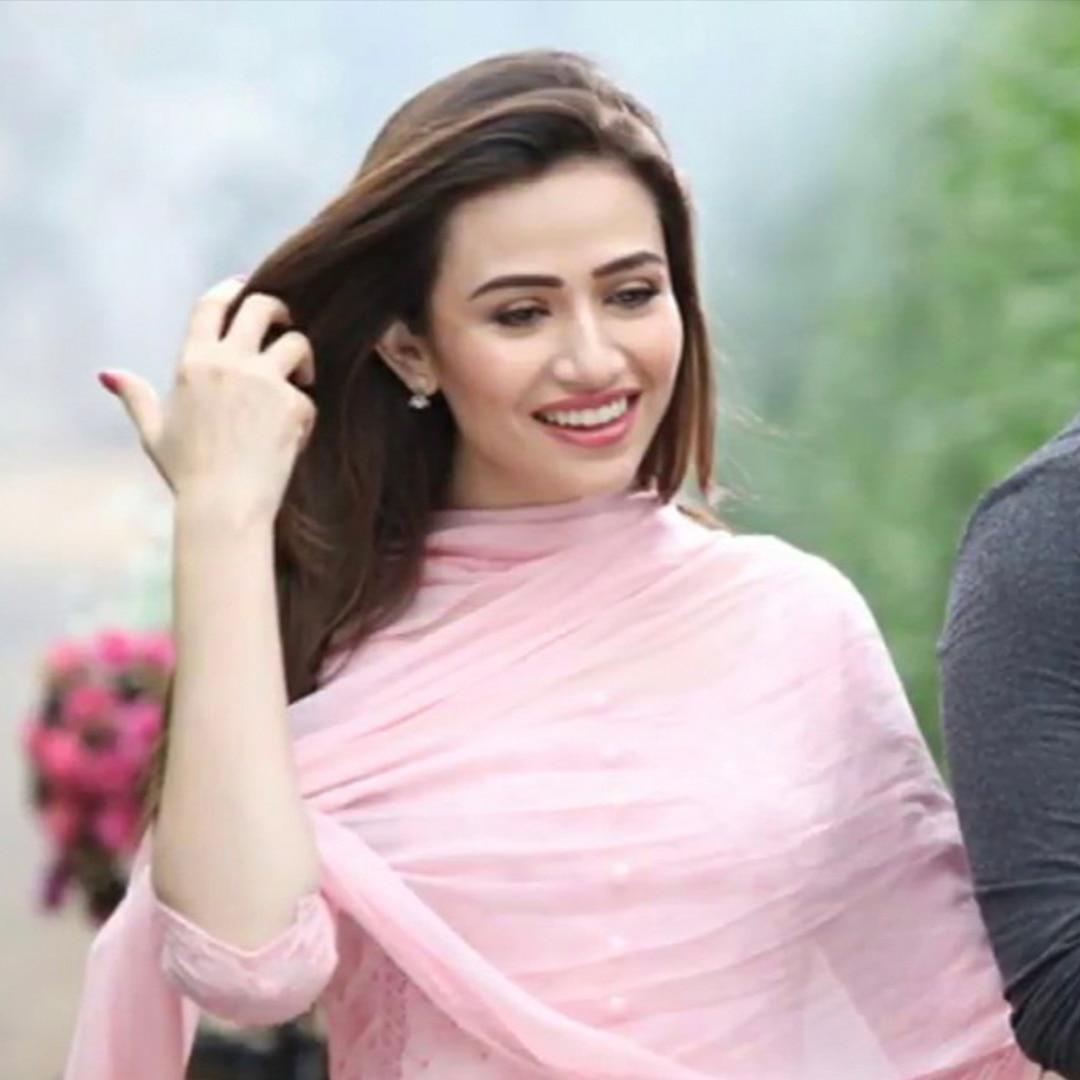Sana Javed - Khaani